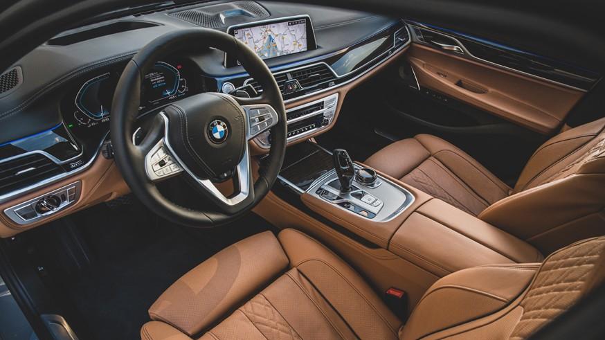 Avtomobil BMW 7 Series poluchit elektroversiyu1