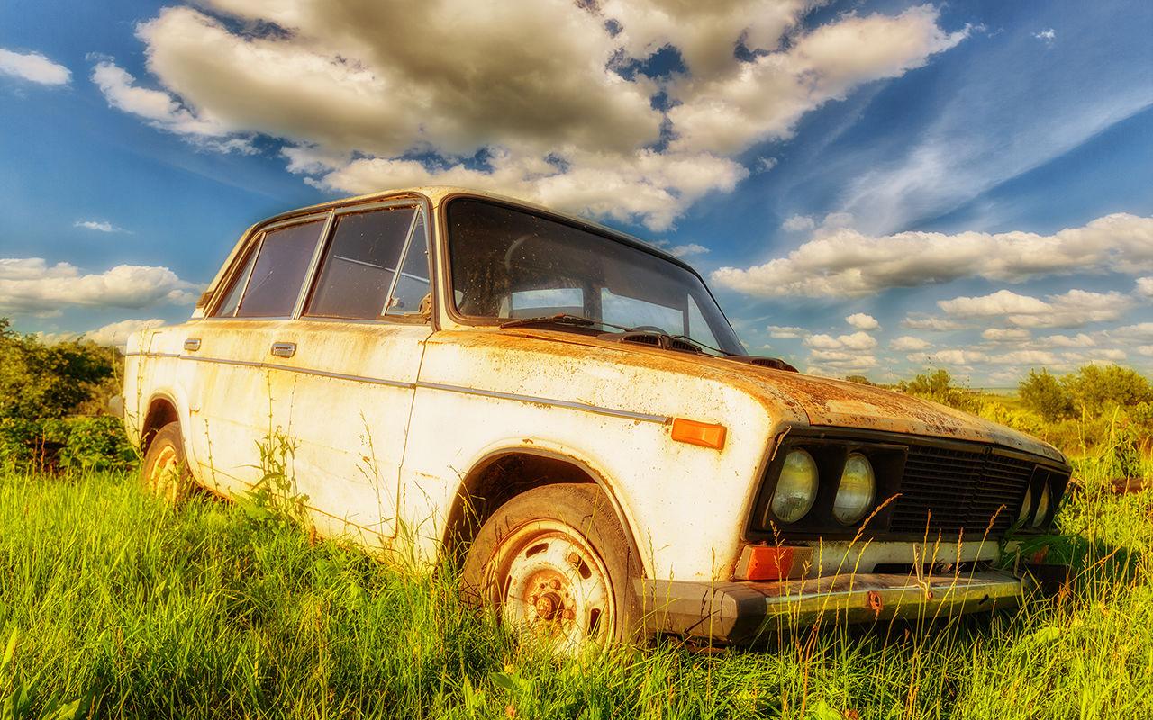 Deputaty hotyat zapretit starye avtomobili 1