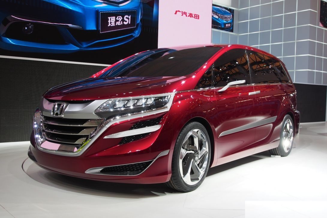 Honda pytaetsya uluchshit prodazhi Odyssey1
