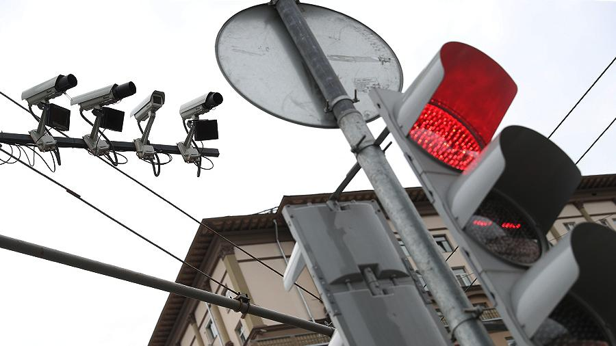 Kamery budut shtrafovat voditelej za otsutstvie OSAGO v 2020