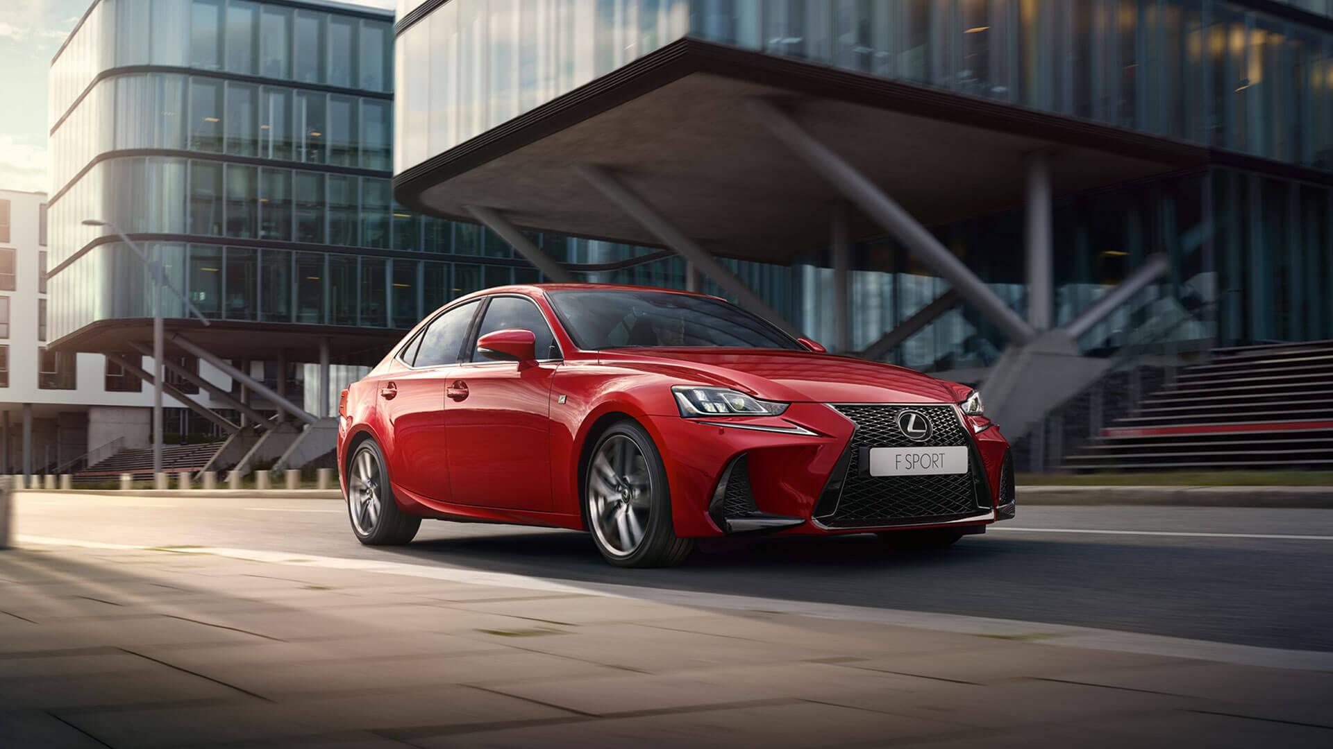Lexus prekrashhaet prodazhi odnoj iz svoih modelej v Rossii