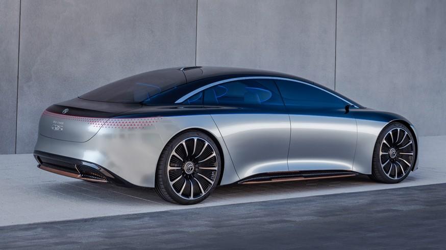 Mercedes Venz Vision EQS poluchit zapas hoda v 700 km 1
