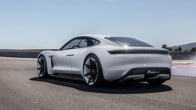 Porsche Taycan proedet tolko 450 kilometrov na odnom zaryade 1