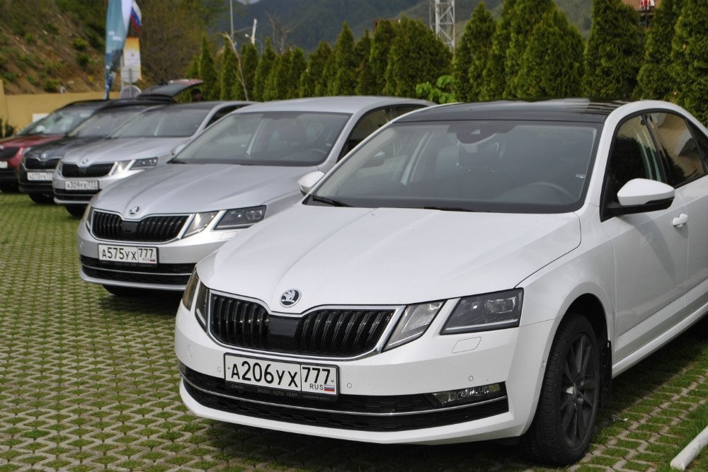 Rossijskim avtomobilyam Skoda pora v servisnyj czentr 1