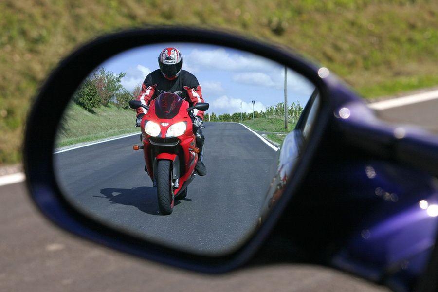 V Rossii rastyot kolichestvo avarij s motocziklistami