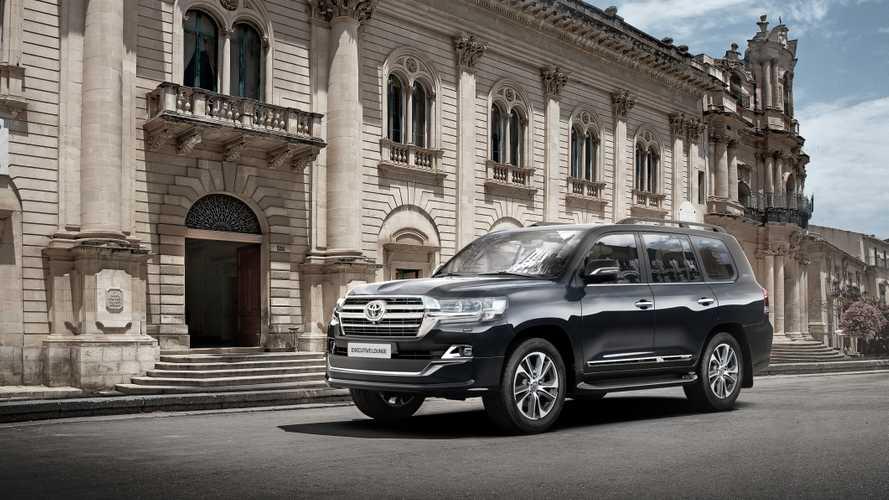 V Rossii startovali prodazhi Toyota Land Cruiser 200