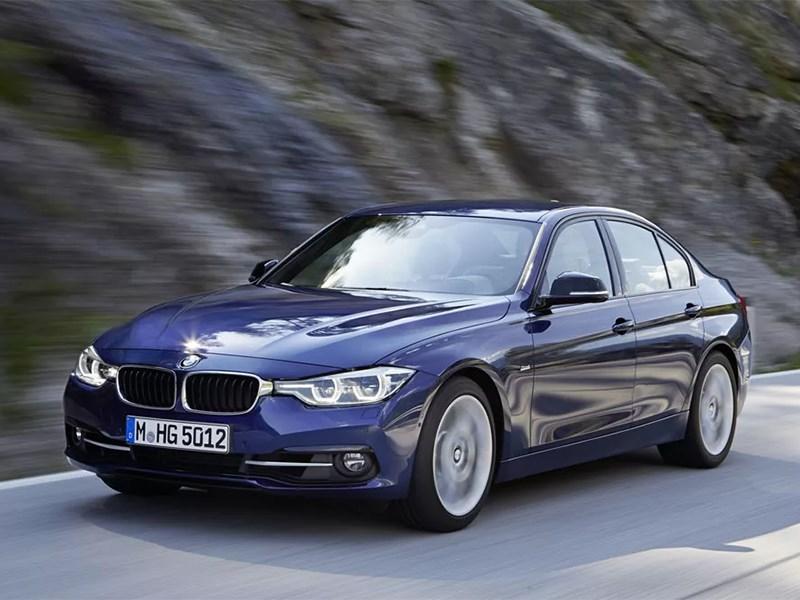 BMW otzyvaet bolee 4000 mashin v RF