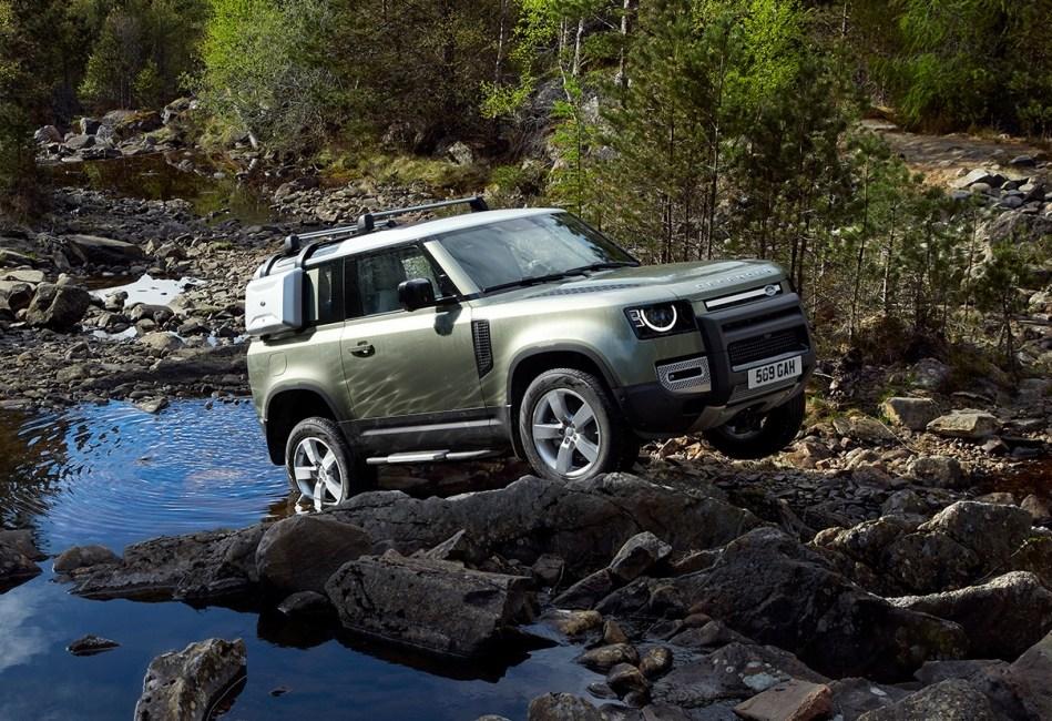 Land Rover Defender poluchit lyuksovuyu versiyu1