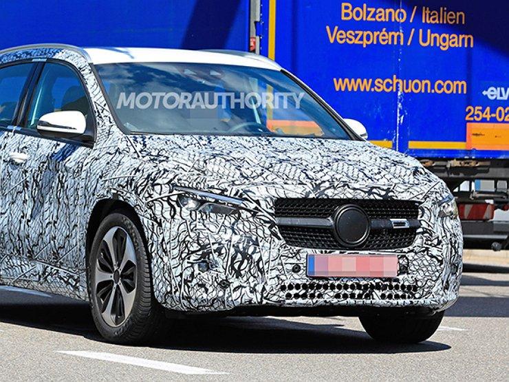 Mercedes Benz GLA pokazal svoi osobennosti 1