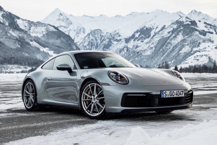 Porsche 911 poluchil mehanicheskuyu korobku pereda