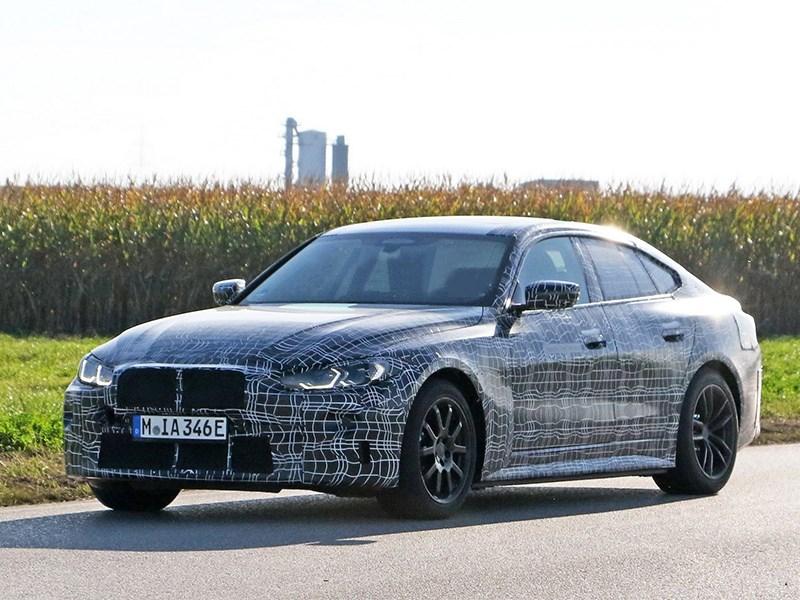 BMW sobiraetsya vypustit 4i s moshhnostyu v 500 loshadej