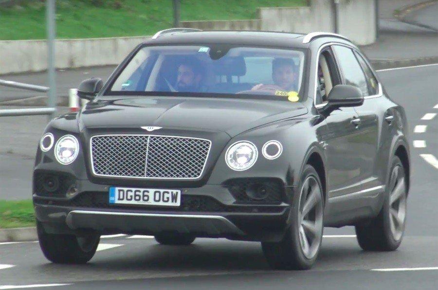 Bentley vyvela na testy krossover Bentayga