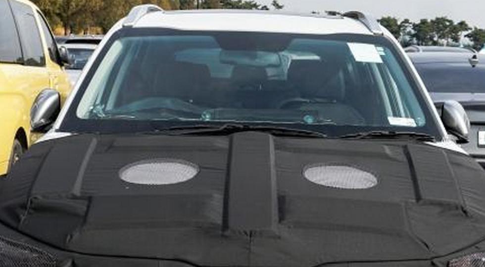 Byudzhetnyj parketnik Kia pokazalsya na snimkah