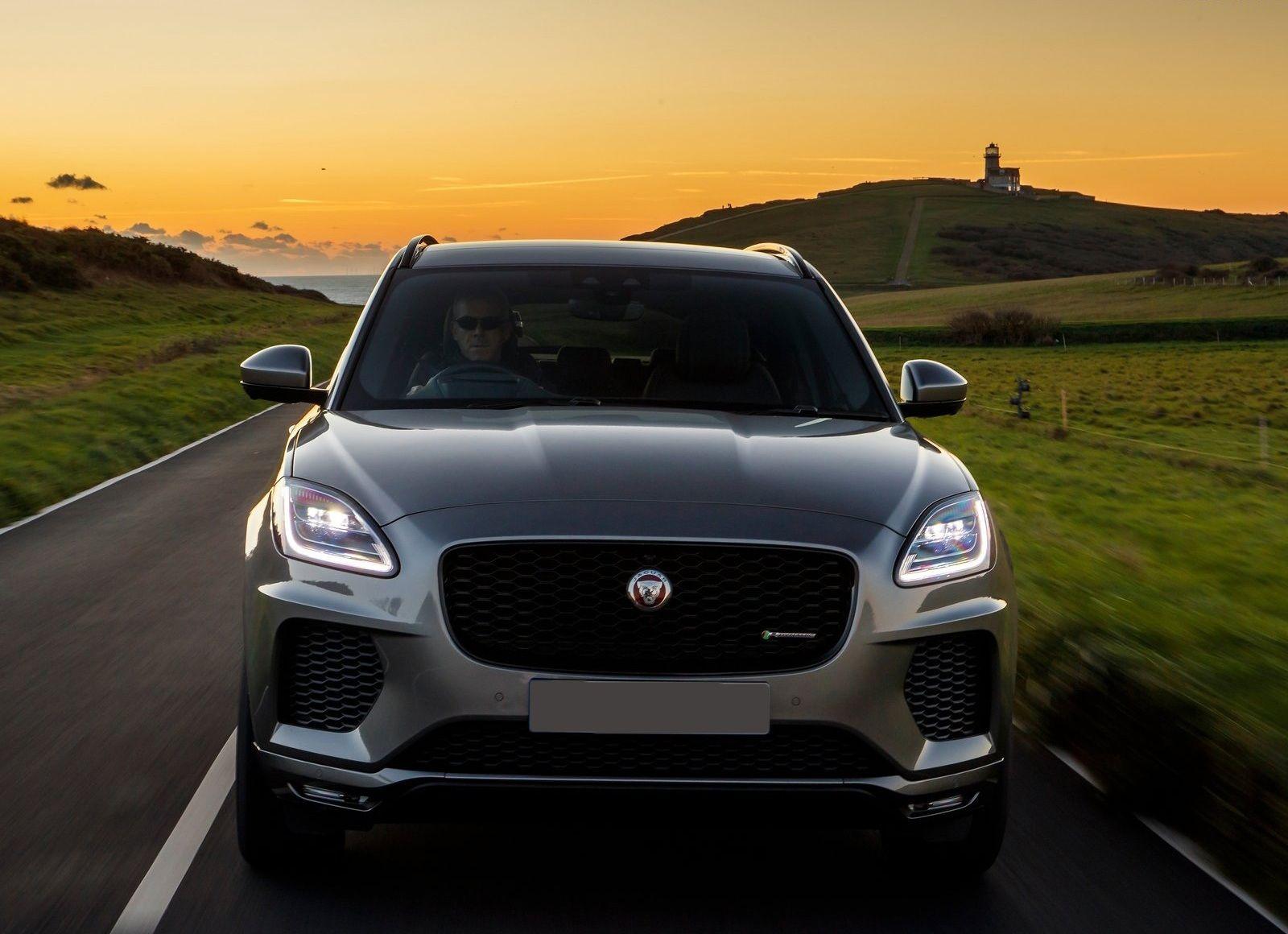 Jaguar E Pace pokazalsya na testah
