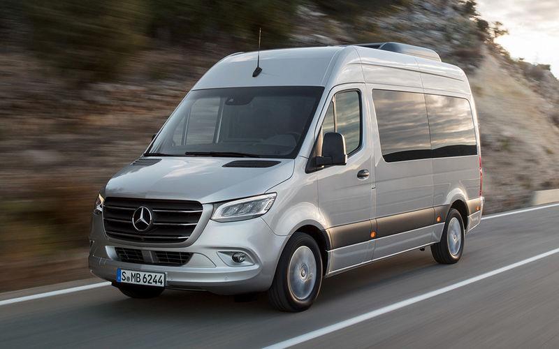 Mercedes Benz otzyvaet avtomobili Sprinter v Rossii 1