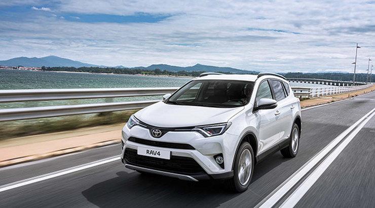 Toyota RAV4 стала автомобилем года