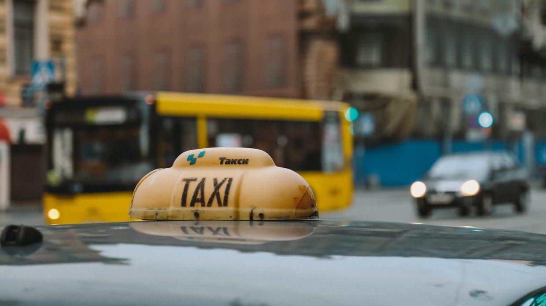 V Rossii uvelichilos kolichestvo avarij s uchastiem taksi 1