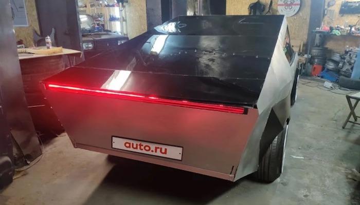 Tesla Cybertruck на базе «ВАЗа» продают за 666 тысяч рублей