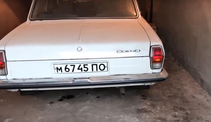 Найдена 30-летняя «Волга» без пробега с четырьмя ящиками советской водки