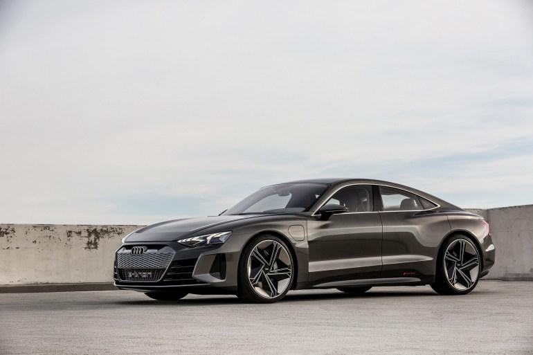 Audi RS prevratitsya v elektrokar