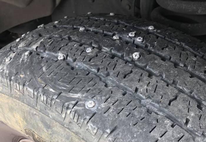 tire screws 1