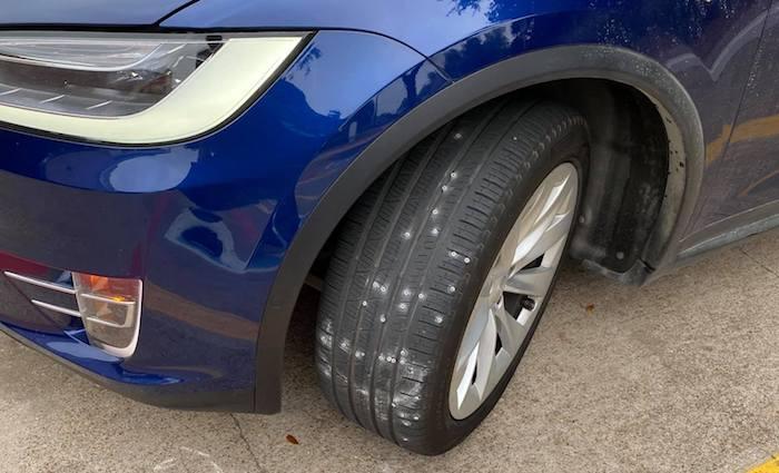 tire screws 8