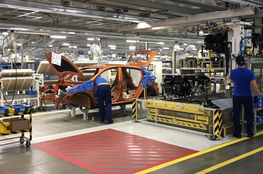 v rf sokratilos proizvodstvo avtomobilej
