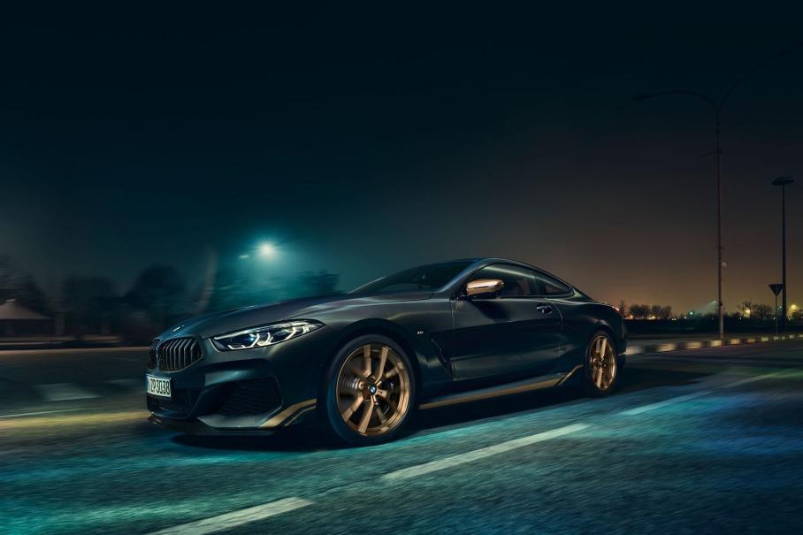 BMW привезёт в Россию «золотую» версию купе 8 серии