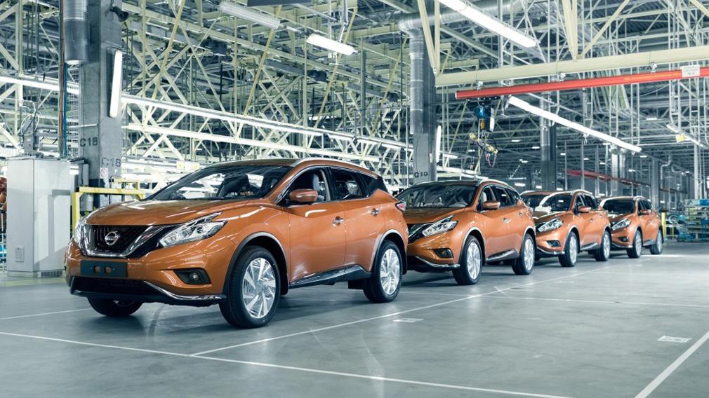 nissan planiruet sokratit proizvodstvo avtomobilej