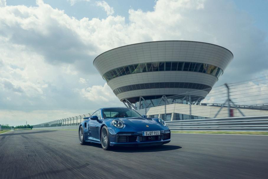 predstavlen novyj porsche 911 turbo1