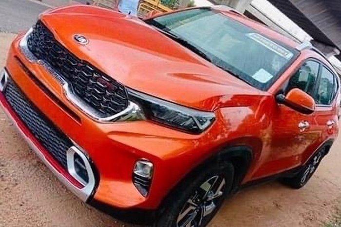 all new kia sonet spotted without camo front b0f8 d 850
