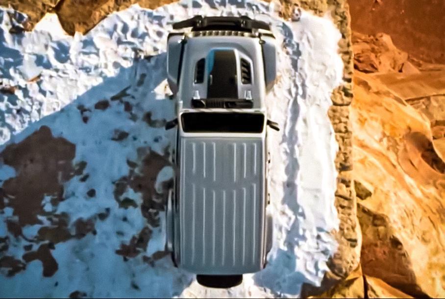 jeep rassekretil datu premery gibridnogo wrangler