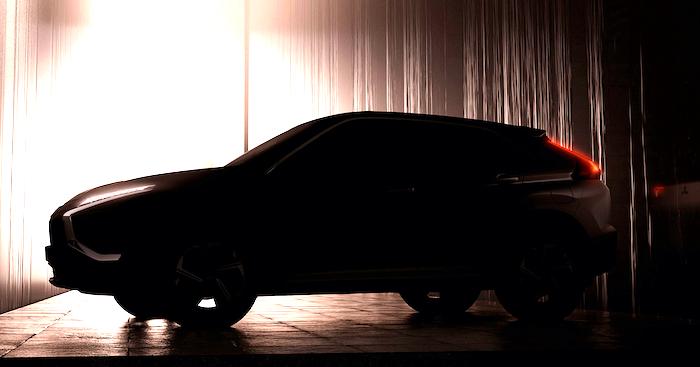 Mitsubishi показала тизер обновленного кроссовера Eclipse Cross