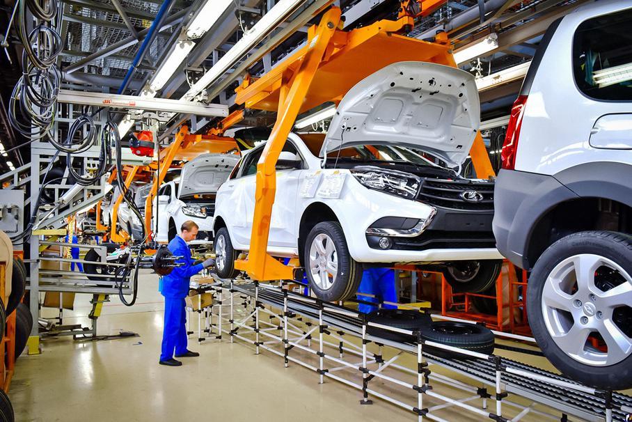 v rossii rezko upalo proizvodstvo avtomobilej