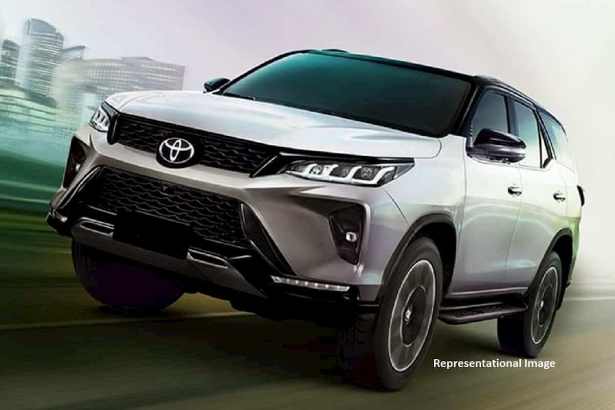 2022 toyota fortuner launch 1