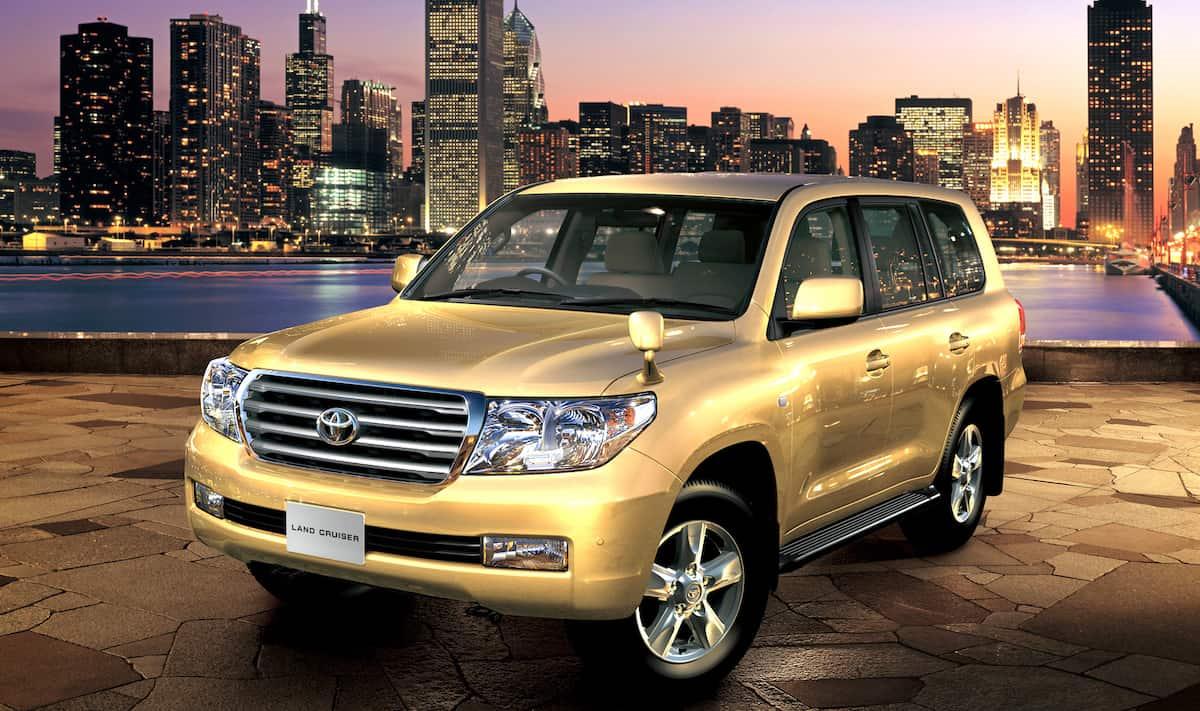 Auto Toyota Reliable car Toyota Land Cruiser 200 062419 1