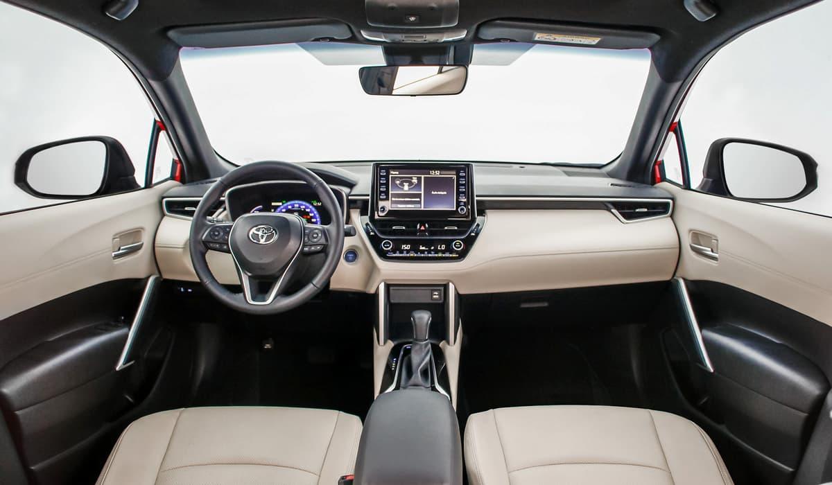 Toyota Corolla Cross4 1