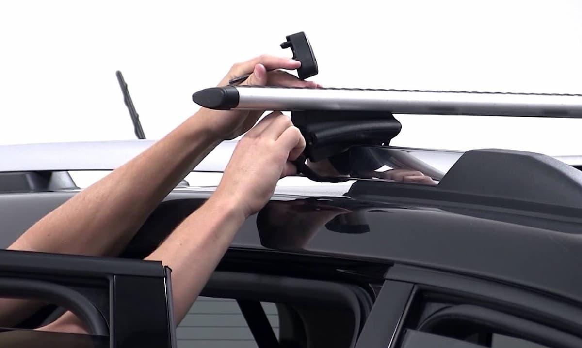 snyatie bagazhnika s kryshi avtomobilya 1