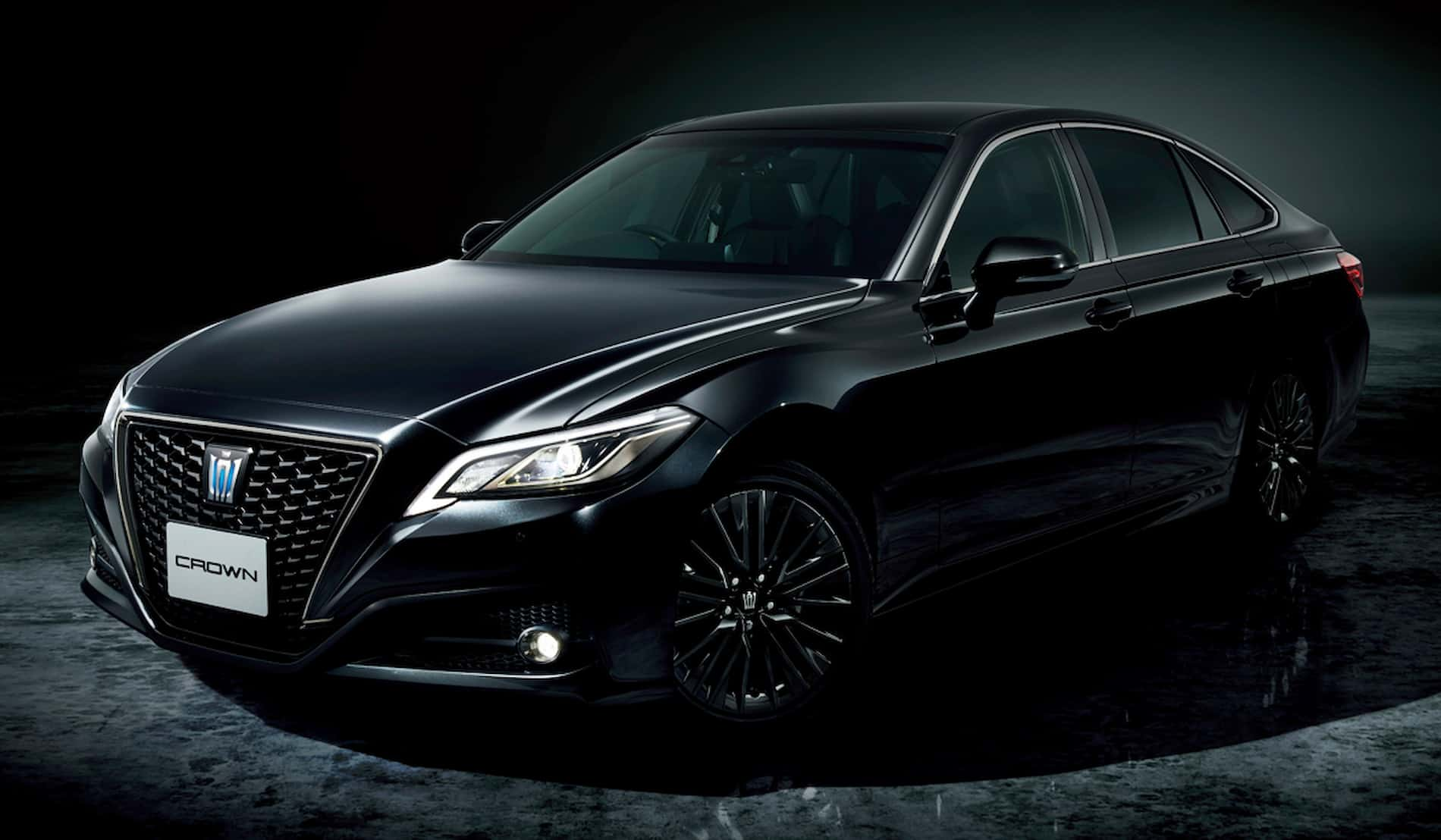 toyota crown sport style1