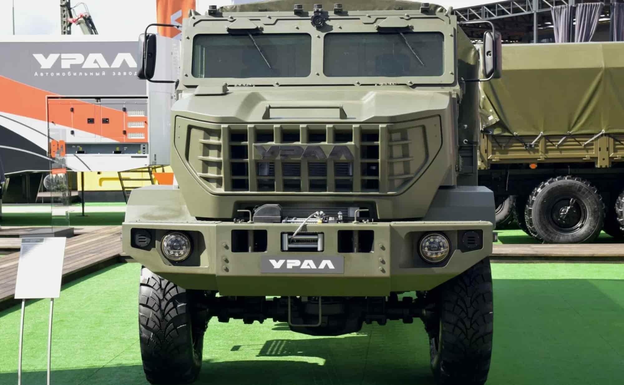 урал военный грузовик 1