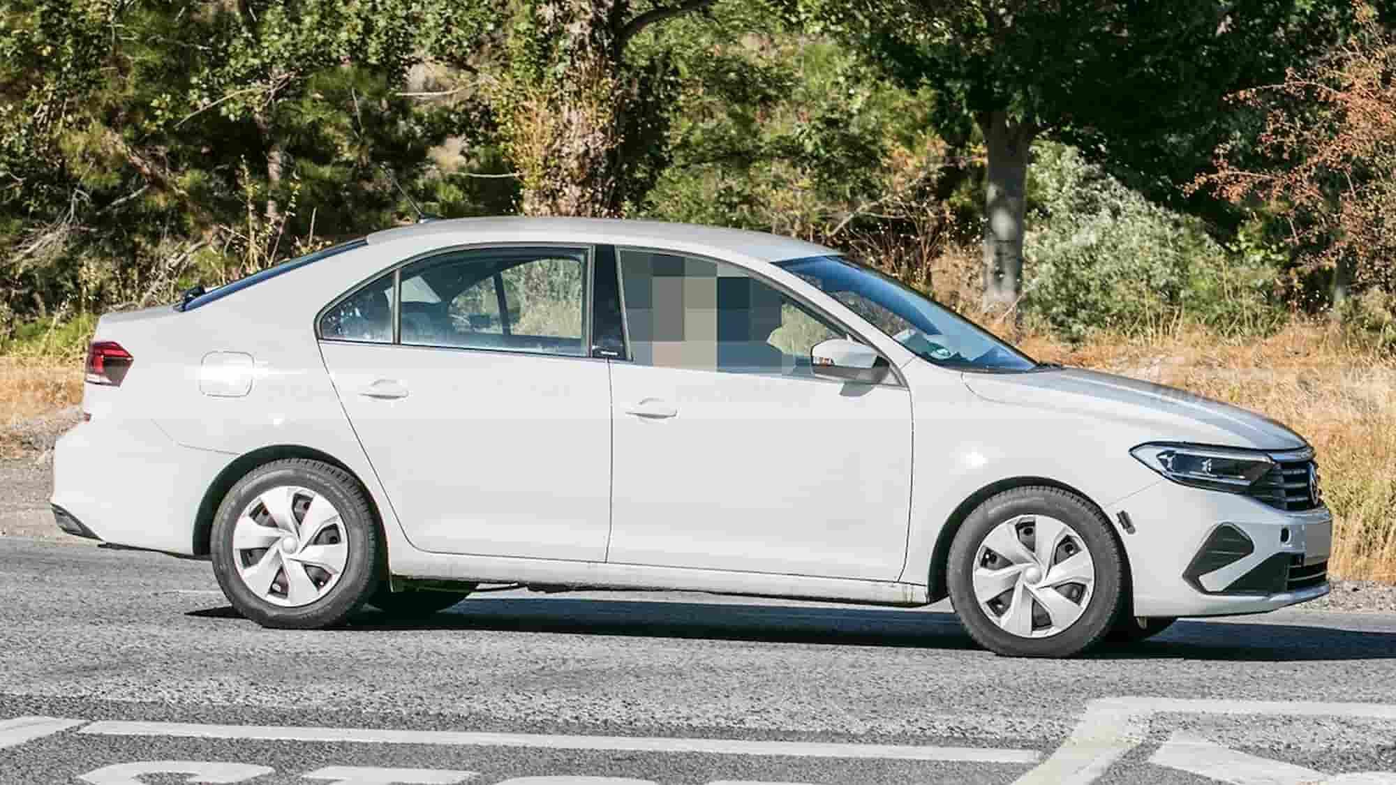 volkswagen polo sedan 2022 fotos espia 202181352 1632299794 9